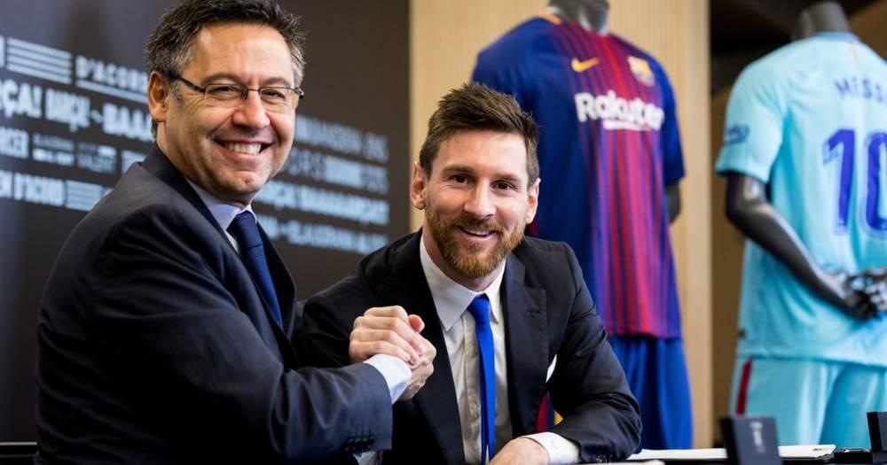 Josep-Maria-Bartomeu-with-Messi