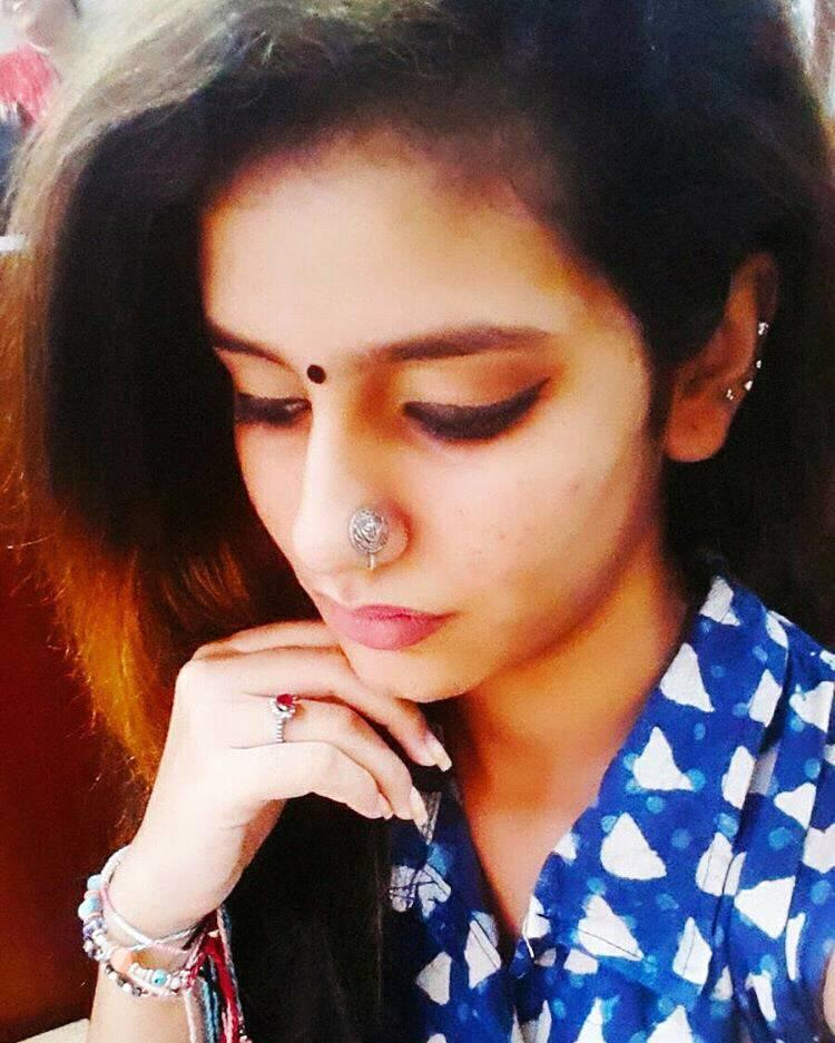 Priya Prakash Varrier Haircuts1