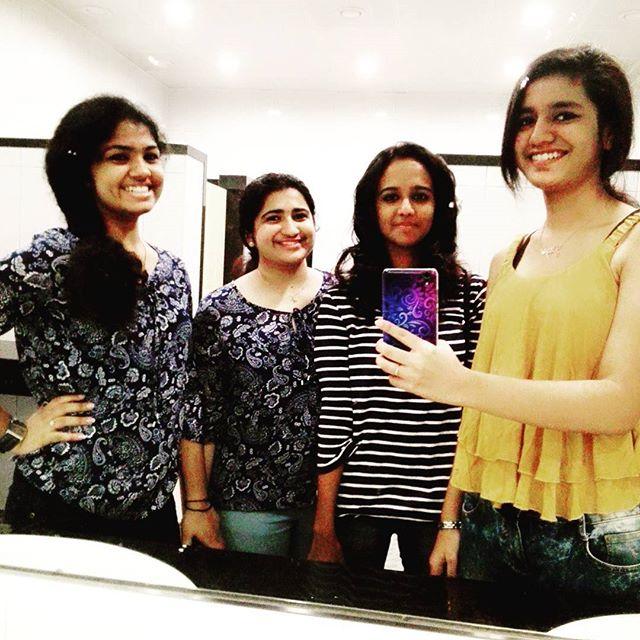 Priya Prakash Varrier Hairstyles1