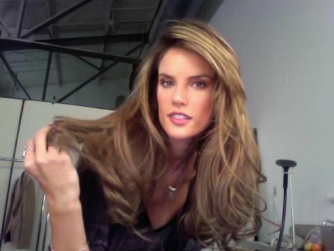 alessandra-ambrosio-hairstyle-20