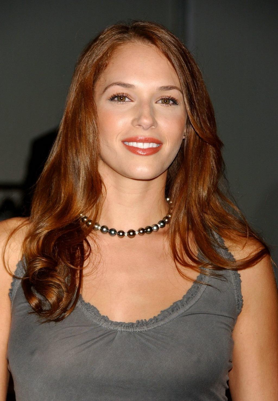 Amanda Righetti Hairstyles