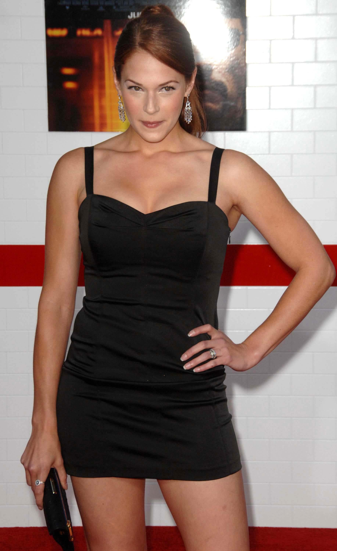 Amanda Righetti Hairstyles5