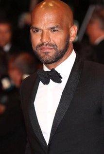 Amaury Nolasco beard