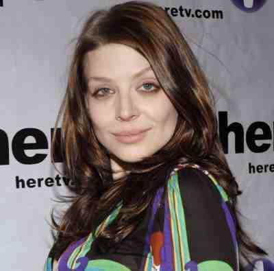 Amber Benson Hairstyles1