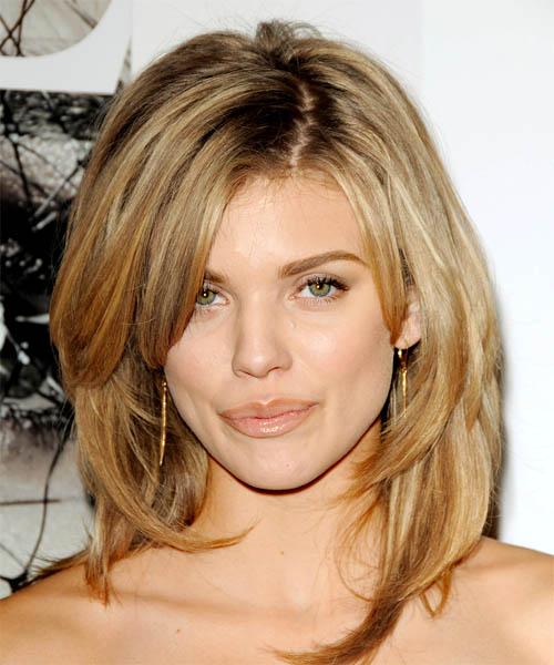annalynne-mccord-haircuts8