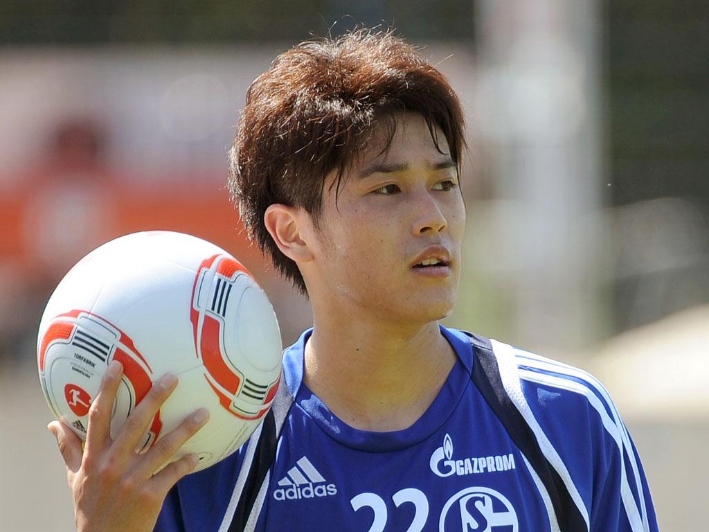 atsuto-uchida-haircuts2