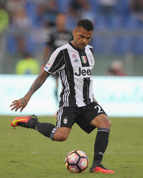 Daniel Alves da Silva Haircuts1