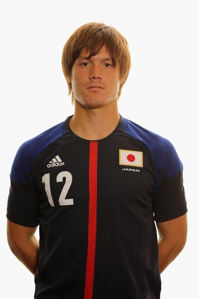 gotoku-sakai-hairstyle
