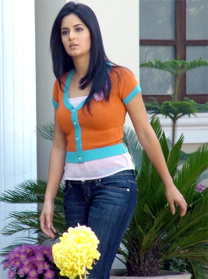 katrina-kaif-hairstyles-1