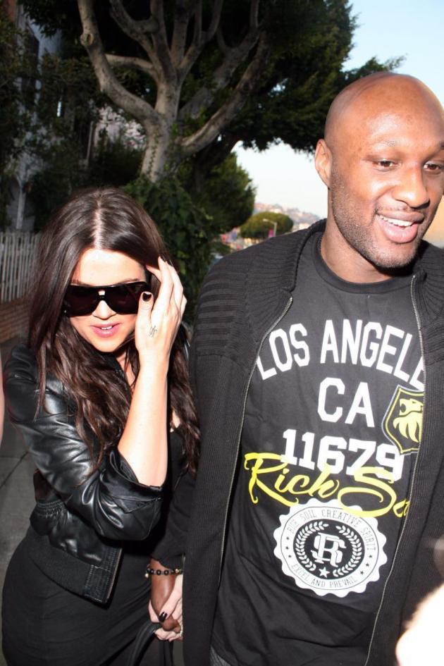 khloe-kardashian-with-boyfriend