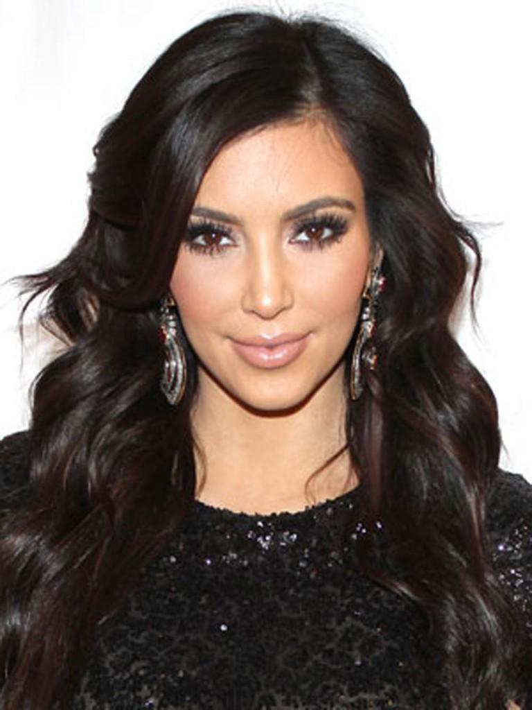 kim-kardashian-hair-as-womens-hairstyles-kim-kardashian-wavy-768x1024