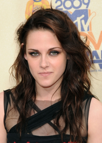 Kristen Stewart arriving at the 2009 MTV Movie Awards held at the Gibson Amphitheater Universal Studios, Ca. May 31, 2009. Curtis Leigh