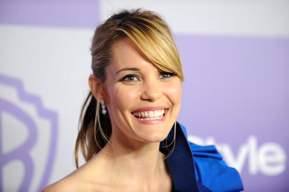 leslie-bibb-beautiful-smile