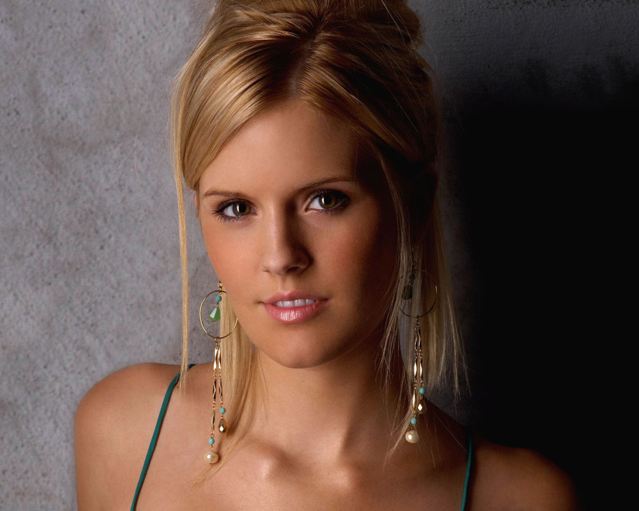 maggie-grace-hairstyles1