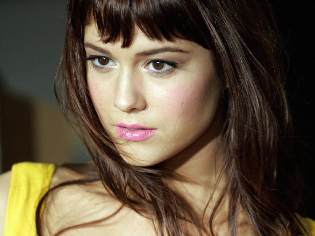 mary-elizabeth-winstead-cute-eyes