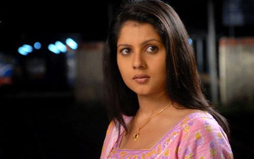 payal-sarkar-hairstyle1