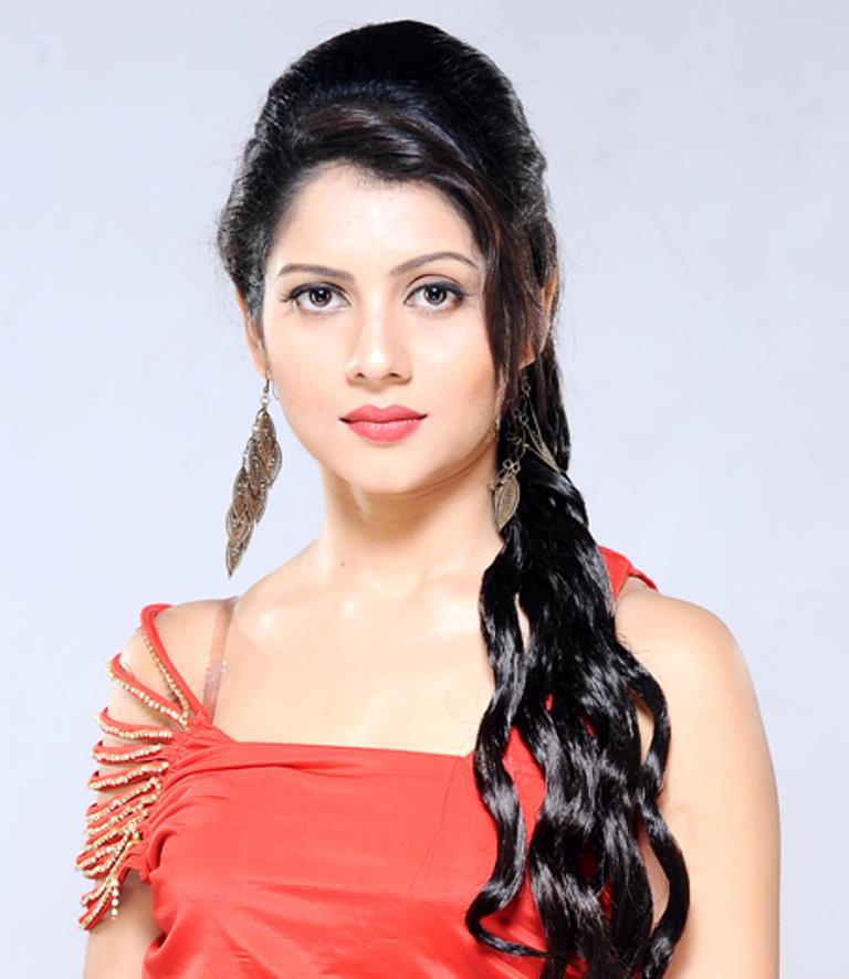 payal-sarkar-hairstyles7