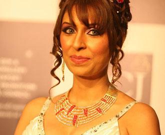 pooja-mishra-hairstyles2