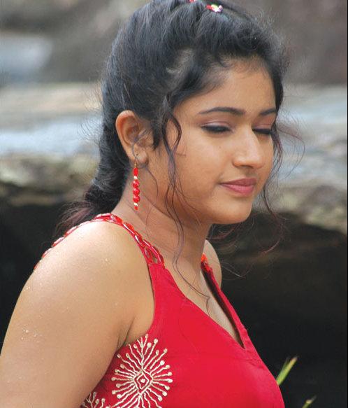 poonam-bhajwa-haircut