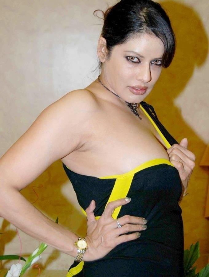 poonam-jhawar-hairstyles