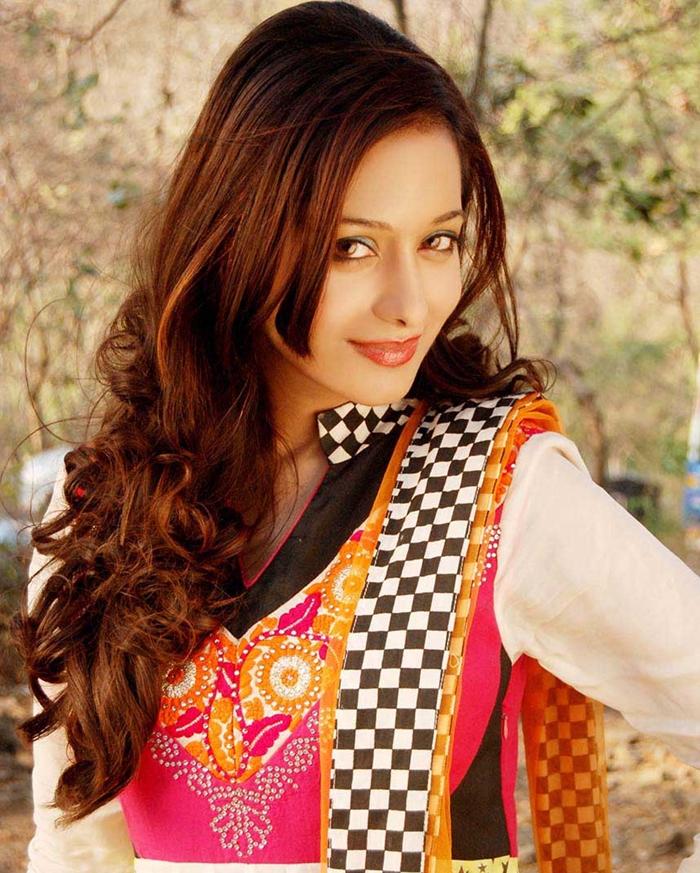 Preetika Rao new Hairstyles