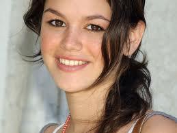 rachel-bilson-beautiful-smile