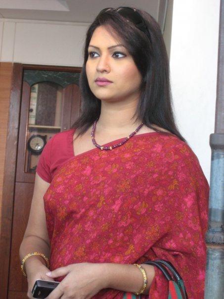 sexy-actress-hot-model-richi-solayman-11