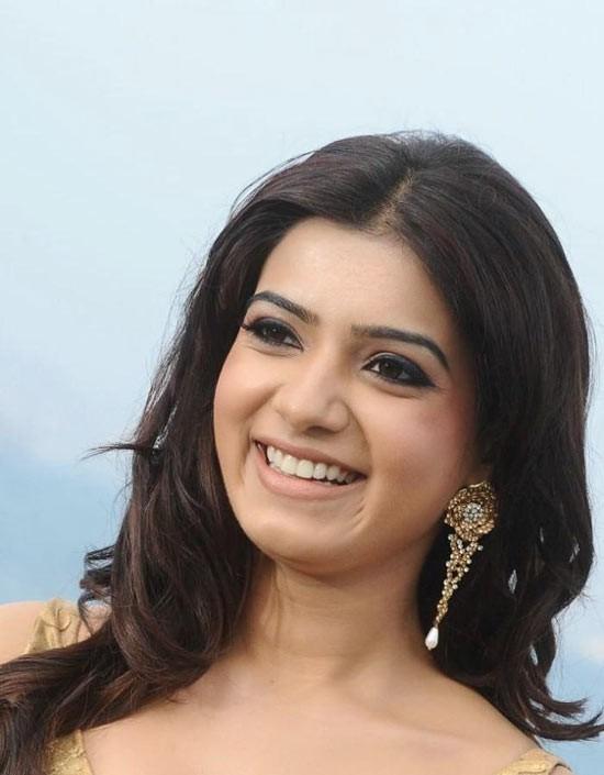 samantha-nice-smile