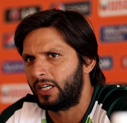shahid-afridi-haircuts2