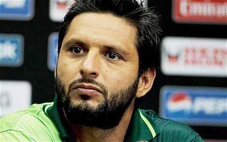 shahid-afridi-hairstyles10