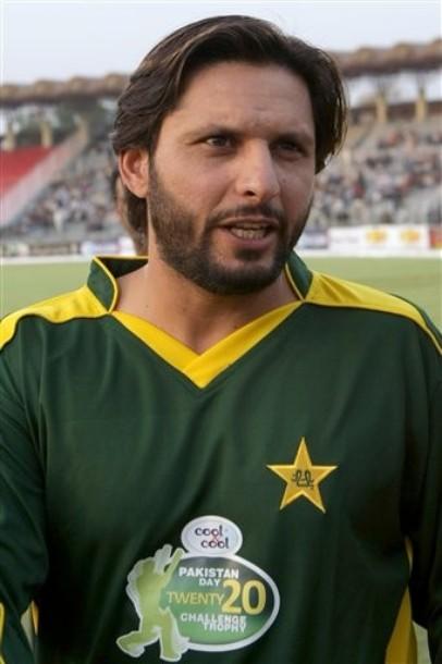 shahid-afridi-hairstyles4