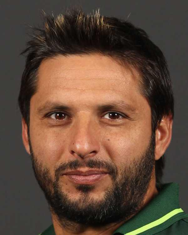 shahid-afridi-hairstyles5