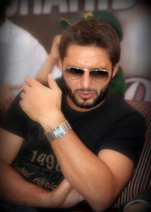 shahid-afridi-hairstyles6