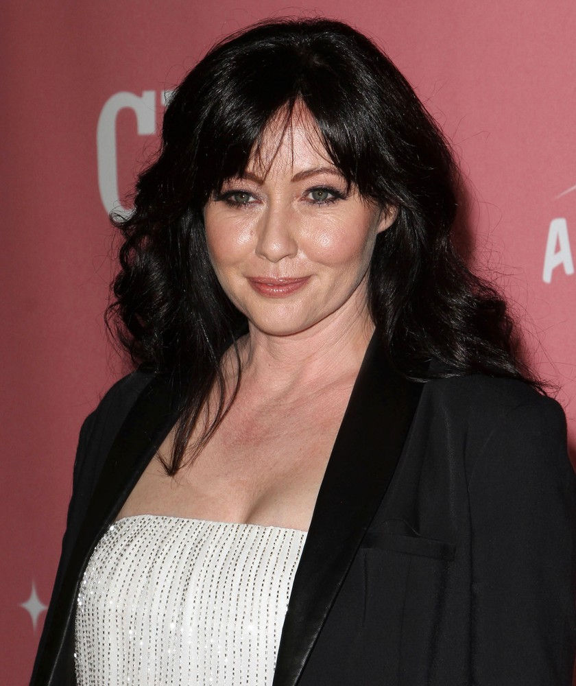 Shannen Doherty Hairstyles5