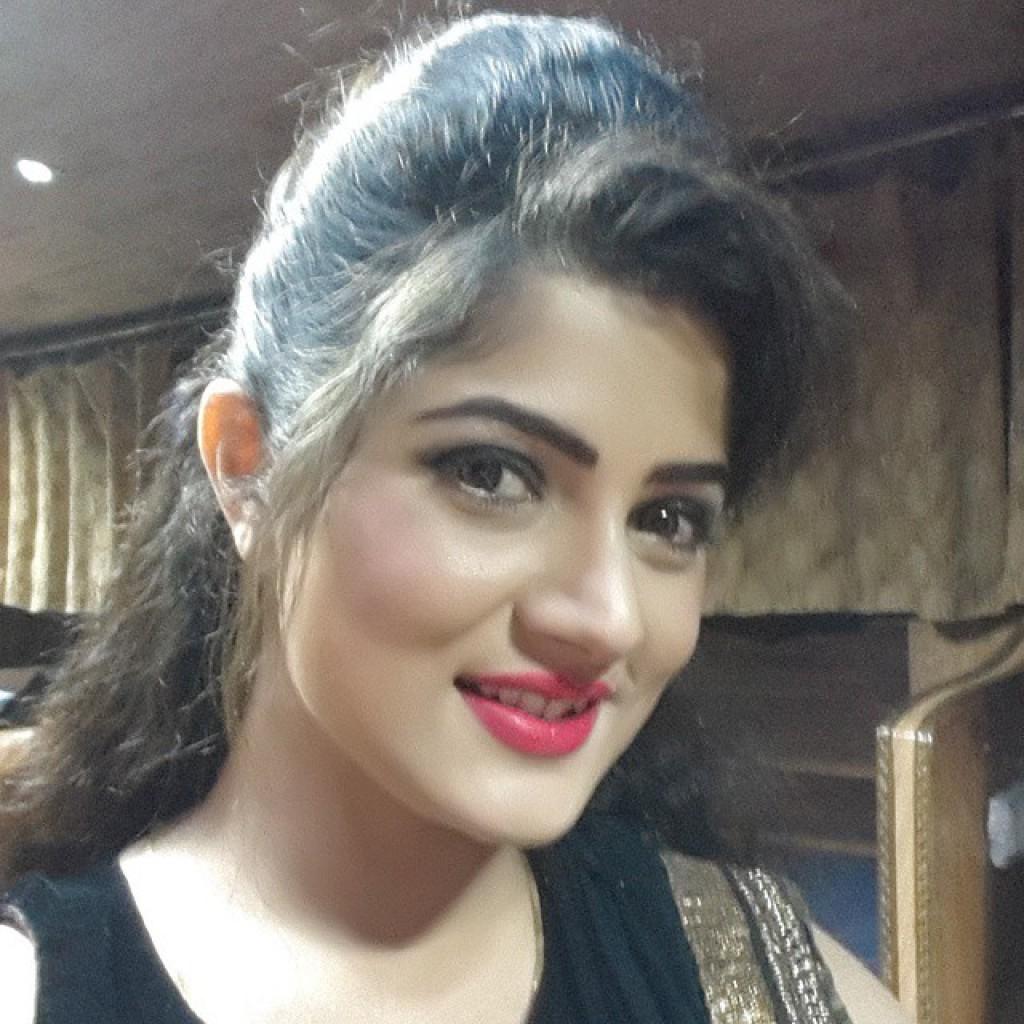 Srabanti Chatterjee new Hairstyles