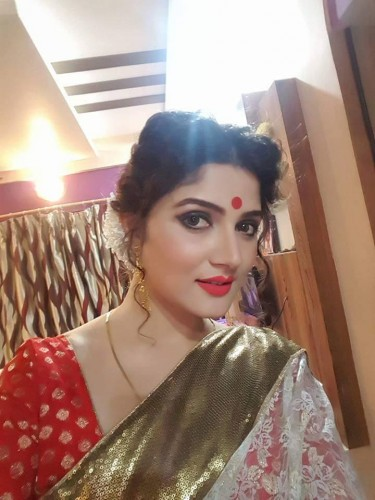 Srabanti Chatterjee pictures