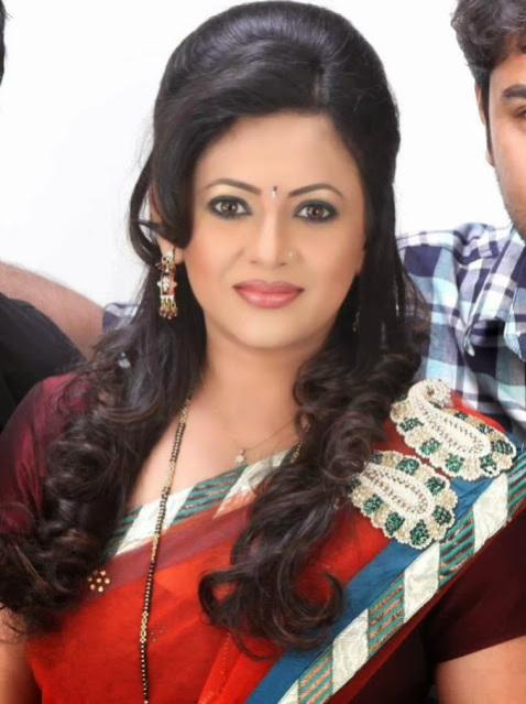 Sreelekha Mitra Haircuts