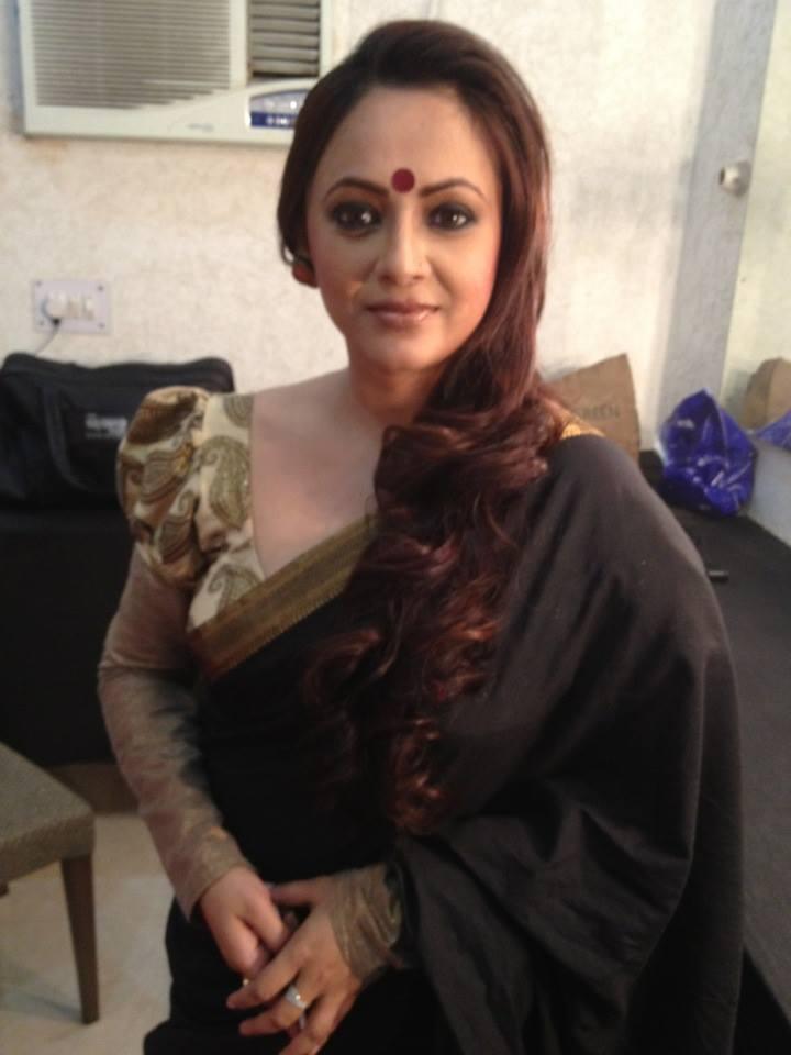 Sreelekha Mitra Hairstyles 2017