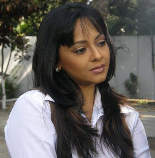sreelekha-mitra-hairstyles3
