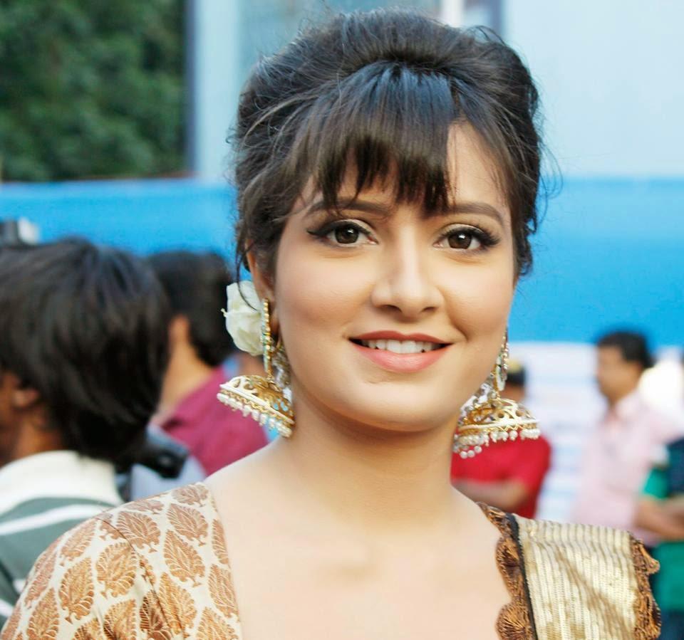 Subhasree Ganguly new Haircuts 2017