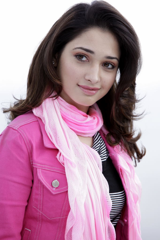 Tamanna Bhatia new Hairstyles 2017